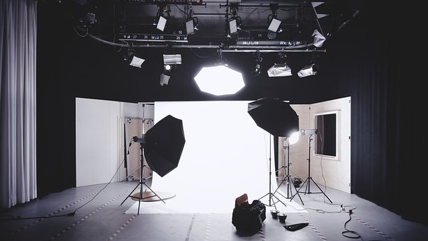 Imagine Contemporary Portrait Studio